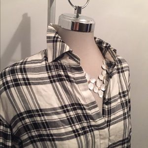Alice & Olivia plaid top. Size xs